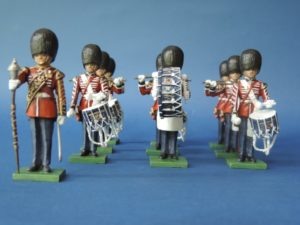 54mm Metal Cast Toy Soldier. Scots Guards Standing Drum Corp 10 Piece