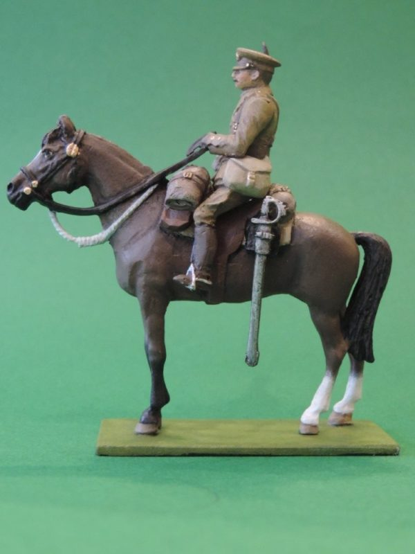 54mm Metal Cast Toy Soldier. Mounted World War 1 Officer Raised Arm