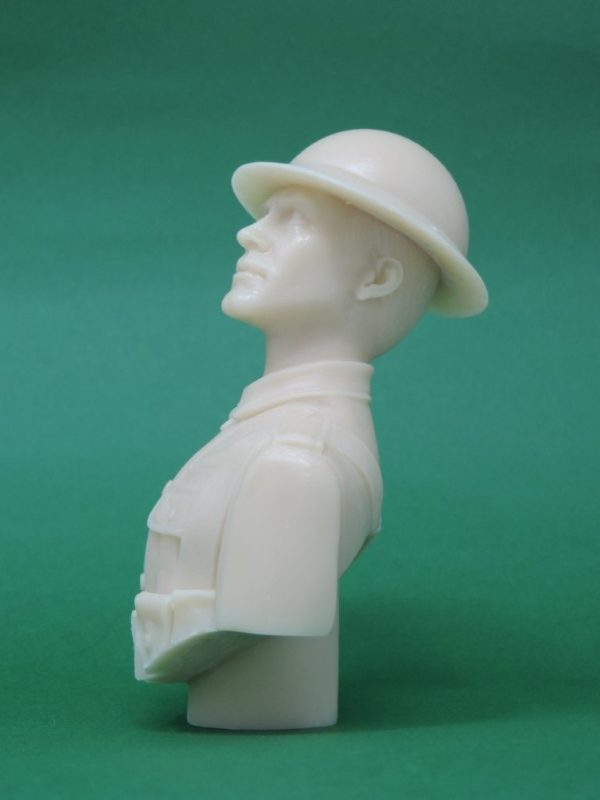 Unpainted 120mm WW1 British Tommy Tin Hat Military Bust Produced By Loggerheads Military Studio
