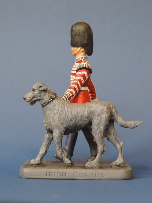 Hand Painted 100mm Metal Cast Military Figure Irish Guard and Wolf Hound Produced By Loggerheads Military Studio