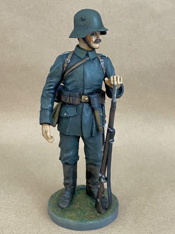 Hand Painted 120mm Resin Military Figure German Infantryman 1916 Produced By Loggerheads Military Studio