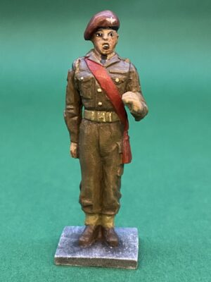 54mm Metal Cast Toy Soldier. Parachute Regiment Officer Standing